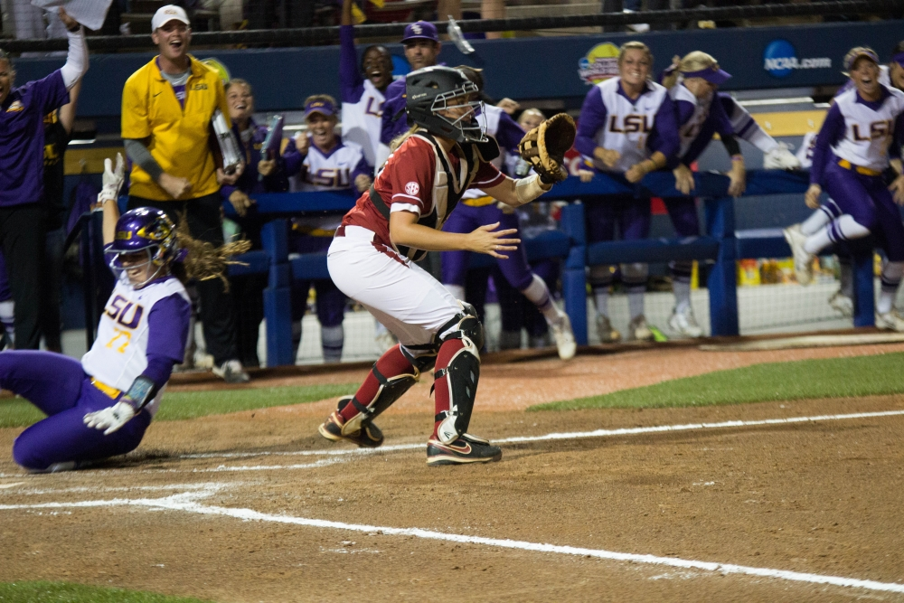 Alabama eliminated from WCWS after late rally falls short