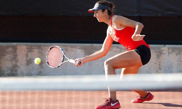 HIDDEN GEMS: UA WOMEN'S TENNIS