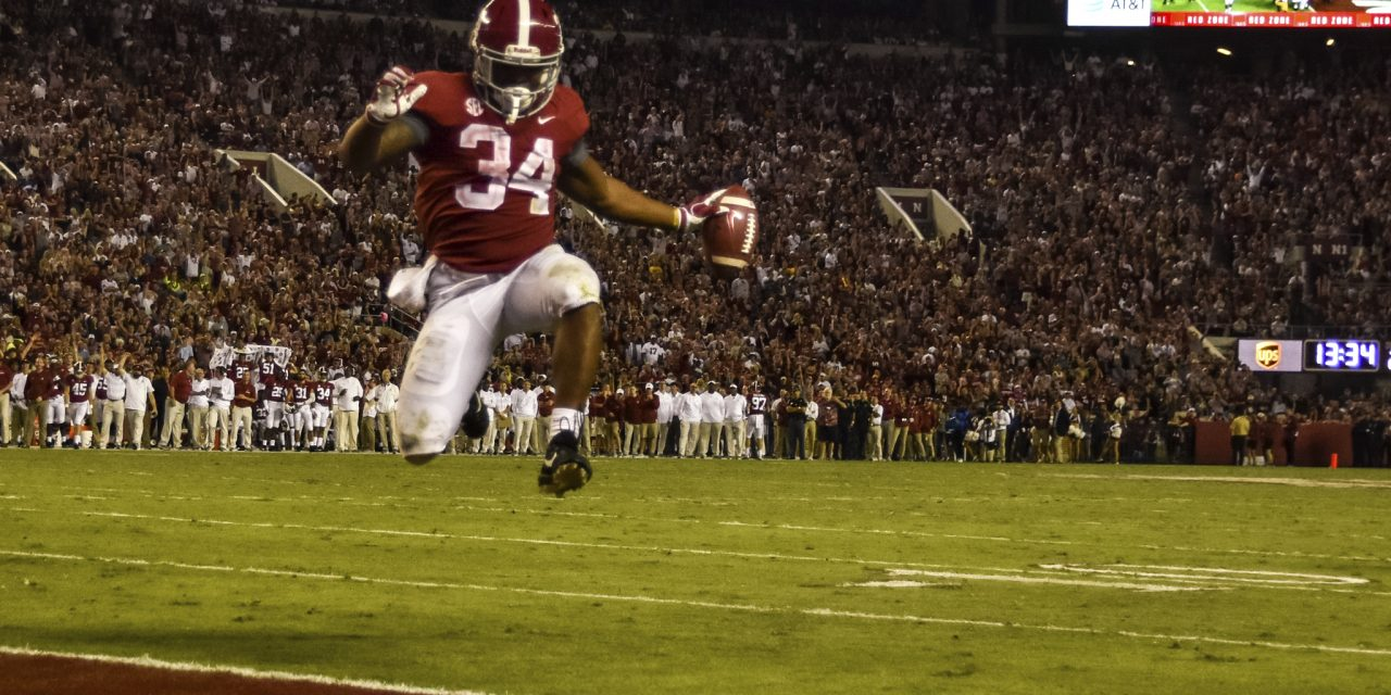 Damien Harris Reacts to Student Section Energy and Dixieland Delight's Return