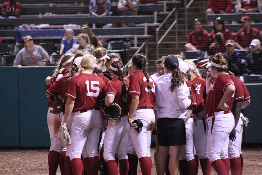 Alabama Softball Continues Undefeated Streak in Arizona