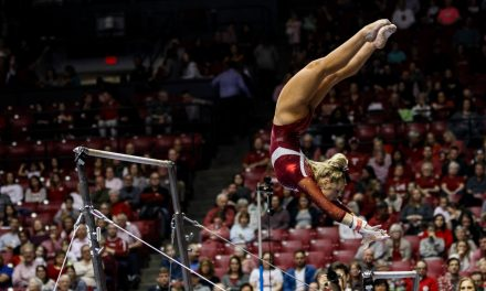 Alabama Gymnastics Honor Senior With Win Over Auburn